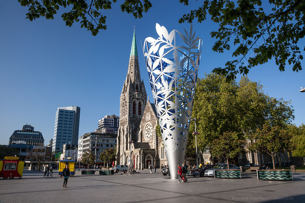 New Zealand Photos | The Chalice Sculpture & Christchurch Cathedral